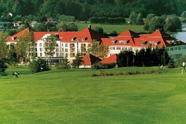 Lindner golfhotel juliana wuppertal oberbarmen for Wuppertal barmen hotel
